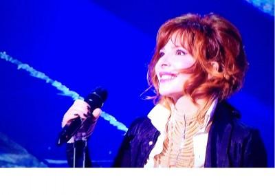 NRJ MUSIC AWARDS 2013- Mylene Farmer