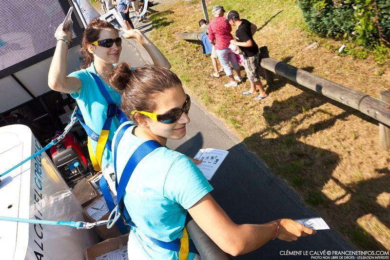 Les hotesses alcatel sur le Tour de France 2013