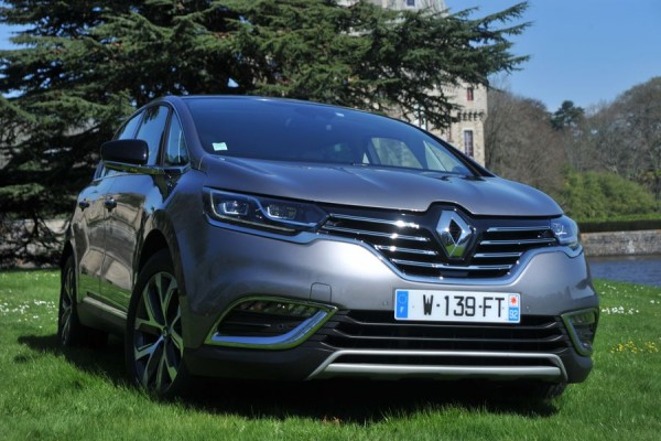 Nouveau Renault Espace - Crossover (4)_resultat