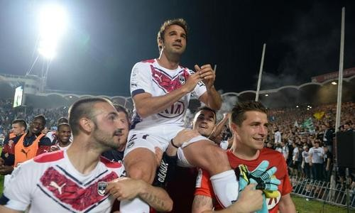 Bordeaux-reussit-ses-adieux-a-Chaban_article_hover_preview