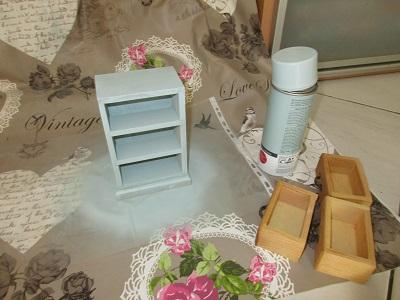 relookez tout avec les bombes de peinture relook tout. Black Bedroom Furniture Sets. Home Design Ideas