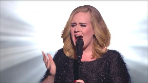 REPLAY NRJ MUSIC AWARDS (29)-Adele