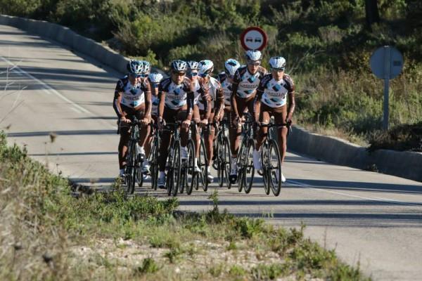 AG2R La Mondiale en stage