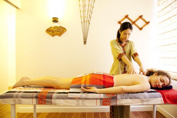 Démonstration du massage TUI NA