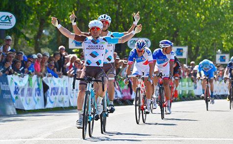 Samuel Dumoulin vainqueur du GP de Plumelec