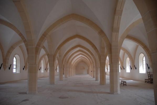 Abbaye de Clairvaux Bâtiment des convers, dortoir à l'étage© DRAC Champagne-Ardenne Guy Fievet
