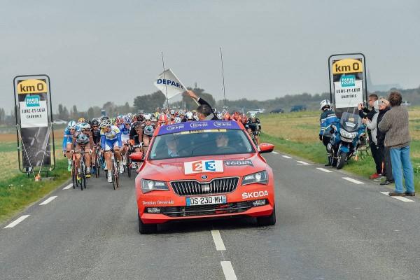 Paris-Tours 2015 - Départ réel à Chartres (Crédit/ASO/B.Bade)