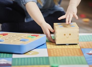 cubetto-tapis-jeu-primo-toys