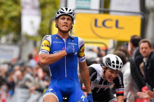 Matteo Trentin vainqueur de la 111ème édition — Paris-Tours