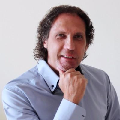 Salvatore Lauricella explore la Conscience illimitée