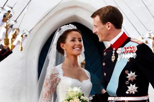 Les mariages princiers font ils encore r ver for Robes que les gens portent aux mariages