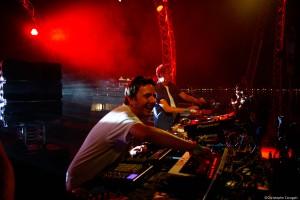 Le dj ,Laurent Garnier au côté de Scan x et de Benjamin Rippert