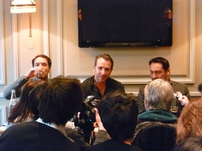 Interview jean dujardin gilles lellouche nicolas bedos for Jean dujardin interview