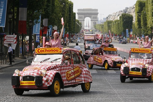 Hôtesses Cochonou sur le Tour de France