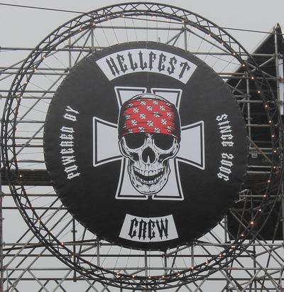 Hellfest crew