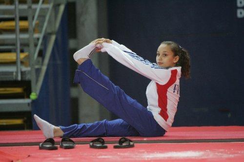 Mira Boumejmajen en piste pour les Mondiaux de Gymnastique Artistique 2013