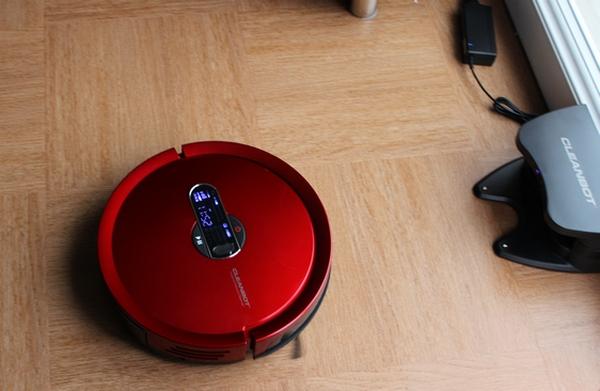 Eurobots R790 Aspirateur robot Cleanbot: : Cuisine