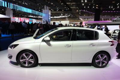 Francfort-Peugeot-308_01