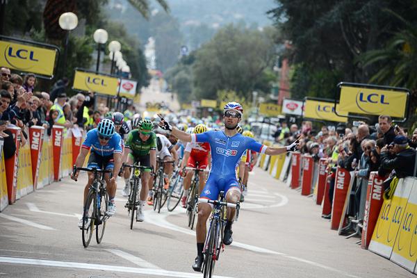 Nacer Bouhanni (FDJ), vainqueur de la première étape du critérium international