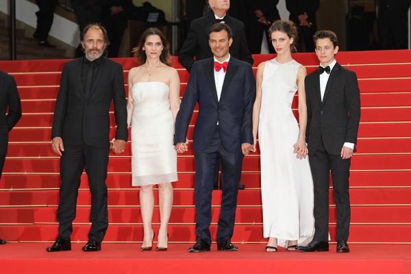Jeune et Jolie sur le tapis rouge en 2013