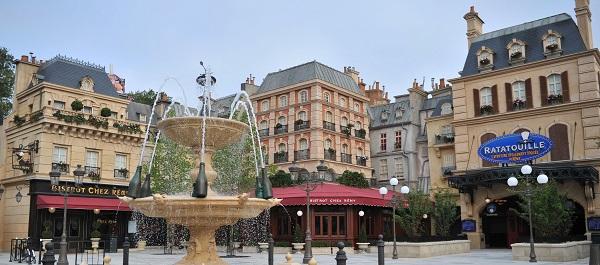 La place de Rémy copyright Disneyland Paris