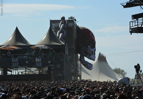 Hellfest Crane gonflable 1