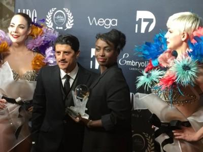 Aïssa Maïga récompensée des mains de Saïd Taghmaoui