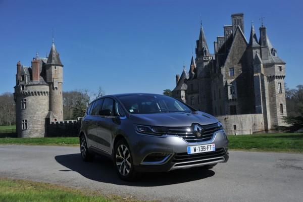Nouveau Renault Espace - Crossover (1)_resultat