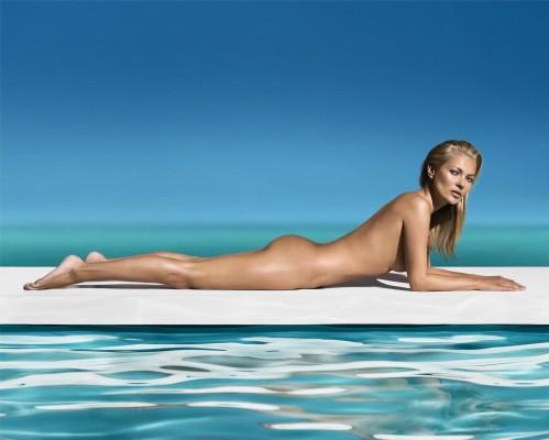 5. Kate Moss nude landscape2