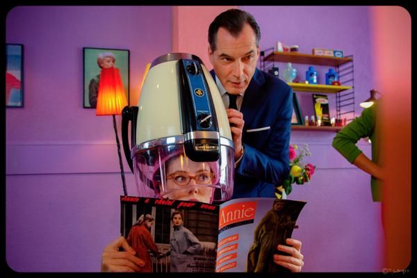Samuel Labarthe dans Les Petits meurtres d'Agatha Christie copyright FTV