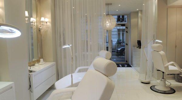 j 39 ai test la restructuration des sourcils au boudoir du regard. Black Bedroom Furniture Sets. Home Design Ideas