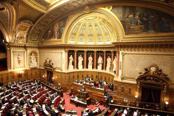 Séance de débat au Sénat