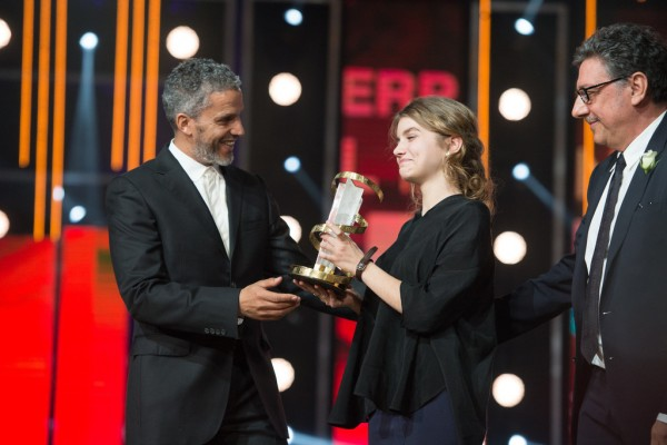 Sami Bouajila remet le prix à Galatéa