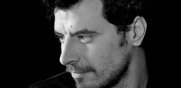 Pedro Alves-Sanglots-dans-la-voie