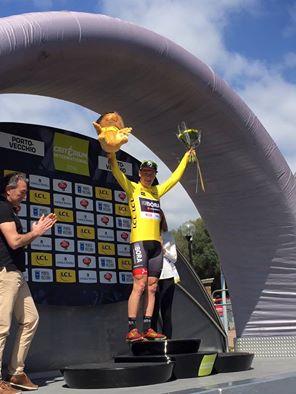 Sam Bennett vainqueur de la première étape