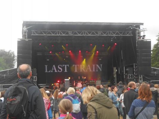 Last Train échauffe le festival !