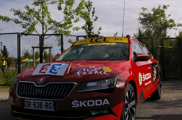 Voiture rouge 1 Skoda Tour de France
