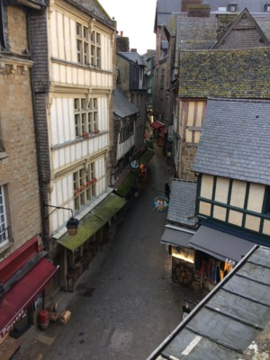 mont-saint-michel-village