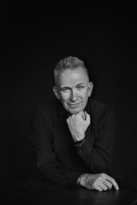jean-paul-gaultier-fashion-freak-show