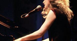 """Véronique Sanson """"Le coffret Essentiel En Public"""" : 45 ans de live réuni dans un coffret"""