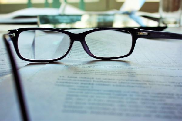 Voici nos conseils pour bien choisir vos lunettes de vue femme. lunettes add1a3fc6242
