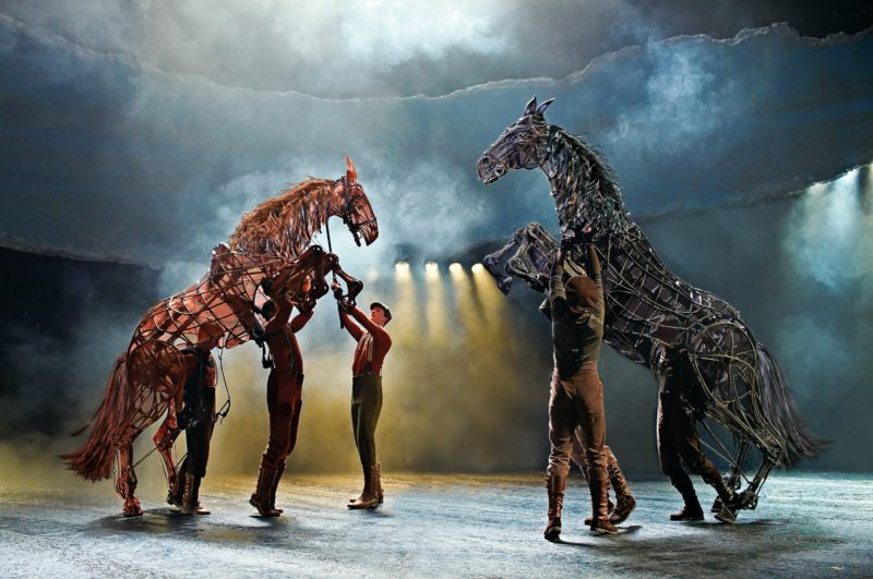 War-Horse-cheval-de-guerre-paris