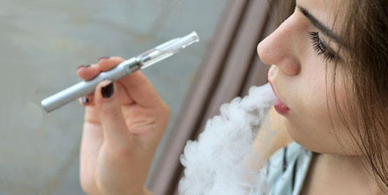 fumeur cigarette electronique