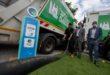 Une 1ère mondiale : Des camions bennes qui roulent grâce aux déchets plastiques