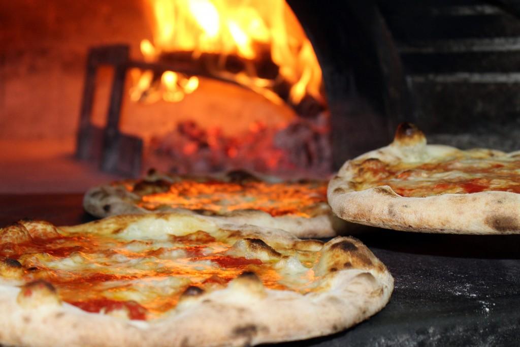 équipements pour une pizzeria