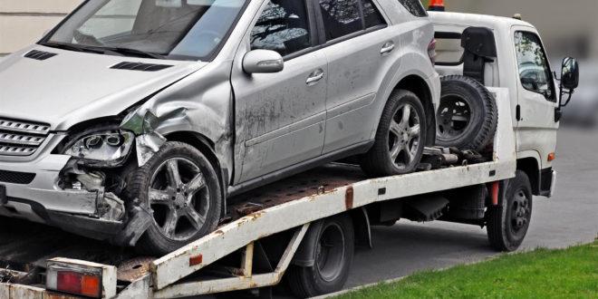 Par qui faire enlever une voiture épave?