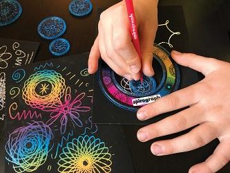 splash-toys-coffret-spirograph-Multicolore-pailleté-extrait