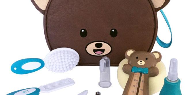 """Nouveautés dBb : Bavoirs """"ramasse-tout"""" & Trousse de toilette """"ourson"""""""