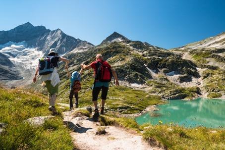 Vacances à la montagne : 7 treks dans les Alpes pour tous les niveaux