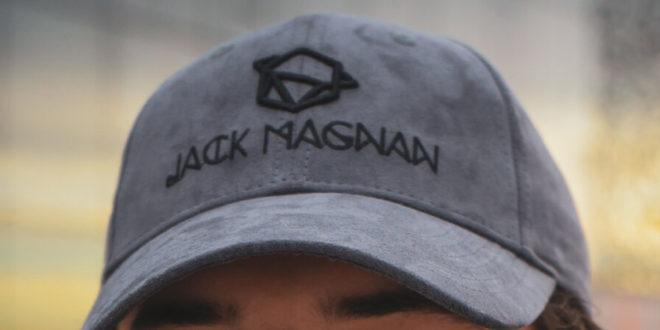 Jack Magnan en collaboration avec Viaghji Di Fonfon